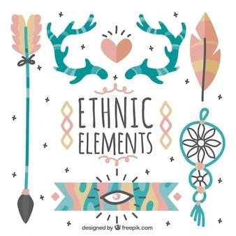 Pacote étnica dos elementos desenhados mão bonitos
