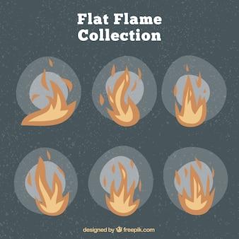 Pacote vintage de chamas no design plano