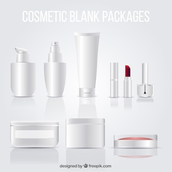 Pacotes em branco cosméticos