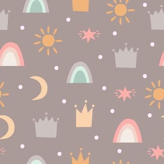 Padrão com coroas, estrelas e arco-íris