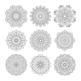 Padrão de meditação. ilustração de mandalas indianas definidas isoladas. conceito de ioga. coleção de mandalas com padrão preto