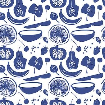 Padrão de silhuetas de frutas na cor azul. pêra, maçã, cereja, morango, banana, romã, limão
