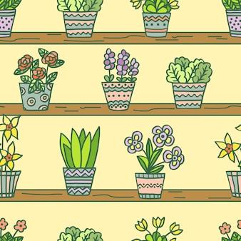 Padrão sem emenda com flores em vasos multicoloridas desenhadas à mão em prateleiras de madeira