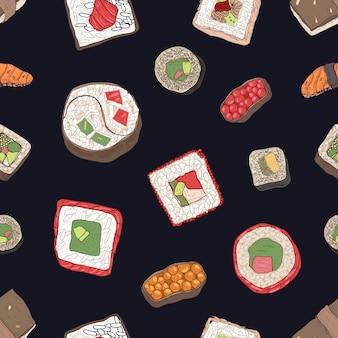 Padrão sem emenda com sushi, sashimi e rolos em fundo preto. cenário com apetitosas refeições da tradicional culinária japonesa. ilustração em vetor desenhado à mão elegante para impressão de tecido, papel de parede.