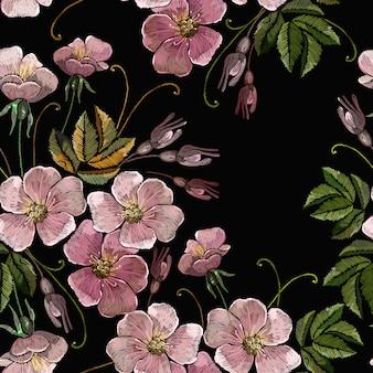 Padrão sem emenda de bordado rosa selvagem flores