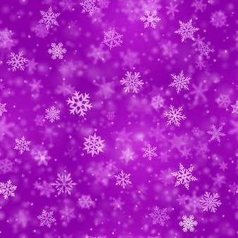 Padrão sem emenda de natal de complexos flocos de neve caindo nítidos e desfocados em cores roxas com efeito bokeh