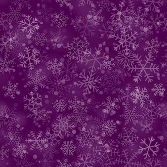 Padrão sem emenda de natal de flocos de neve de diferentes formas, tamanhos e transparência, sobre fundo roxo