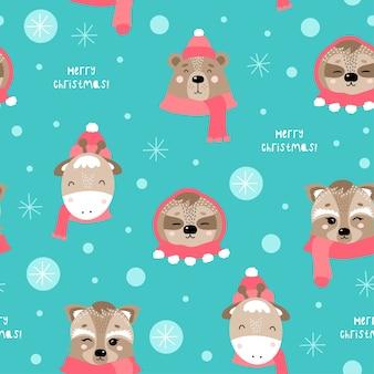 Padrão sem emenda de natal e feliz ano novo com animais fofos. urso, girafa, preguiça, guaxinim.