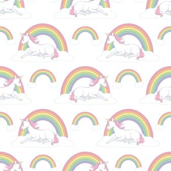 Padrão sem emenda desenhado à mão com unicórnio, nuvens e arco-íris