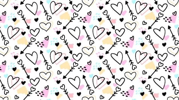 Padrão sem emenda desenhado à mão fofo com corações e flechas rabiscadas