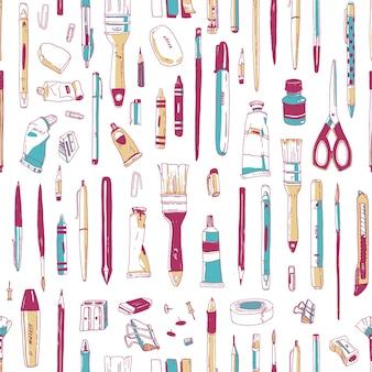 Padrão sem emenda realista com artigos de papelaria, utensílios de escrita, ferramentas