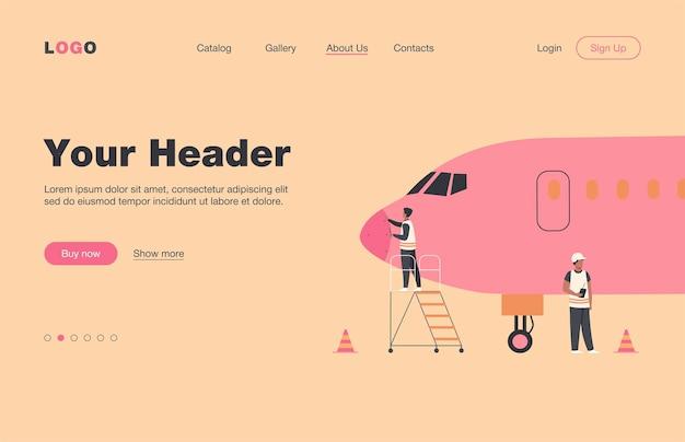 Página de destino plana isolada de serviço de avião. mecânicos de desenho animado reparando o avião antes do vôo ou adicionando combustível. manutenção de aeronaves e conceito de aviação