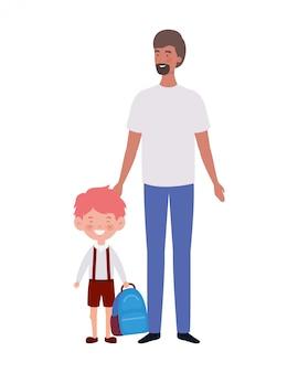 Pai com filho de volta para a escola