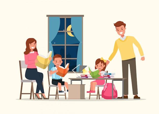 Pai e mãe lendo um livro com as crianças.