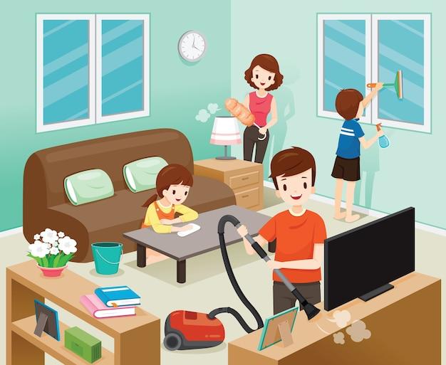 Pai, mãe, filho e filha limpando a casa juntos