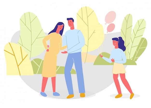 Pai, mãe grávida e filha no parque verde