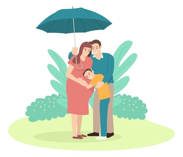 Pai segurando um guarda-chuva para sua família