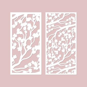 Painéis de corte a laser com padrão de galhos de flor de cerejeira.