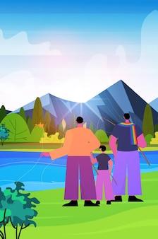 Pais masculinos pescando com filho pequeno família gay transgênero amor conceito comunidade lgbt paisagem fundo vertical ilustração vetorial de comprimento total
