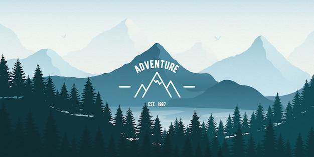 Paisagem horizontal com floresta, lago e montanhas.