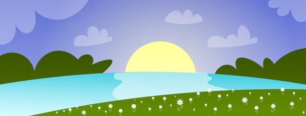 Paisagem linda primavera com rio pôr do sol e céu azul horizontal