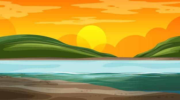 Paisagem natural em branco na cena do pôr do sol com montanha