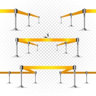 Palco brilhante fotorrealista com projetores e fita amarela. modelo de vetor de apresentação. fitas de vetor definidas em transparente