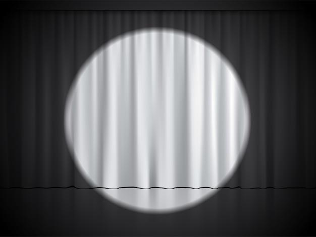 Palco de cinema, teatro ou circo com holofotes em cortinas brancas.