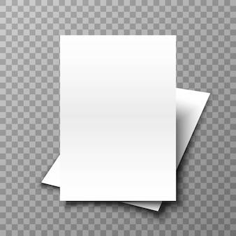 Pálido de papel branco em fundo transparente.