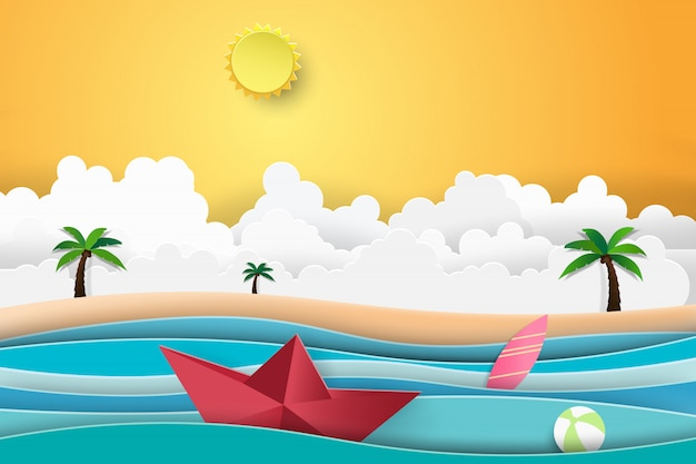 Palma da praia do verão com navigação do barco do por do sol no mar.