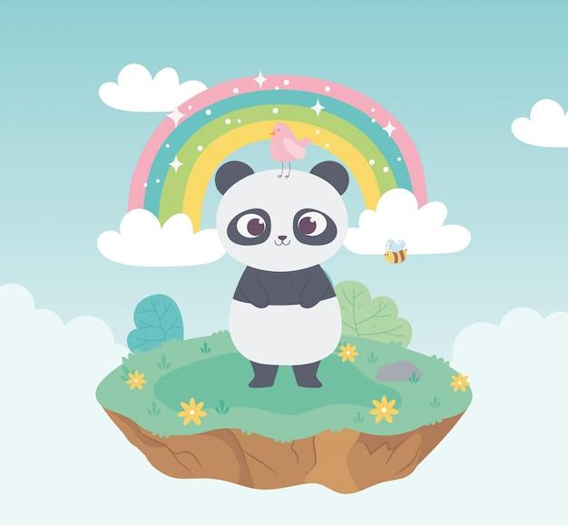 Panda bonito com animais de aves e abelhas adorável com flores e desenhos animados do arco-íris