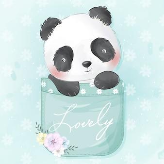 Panda pequeno bonito dentro do bolso