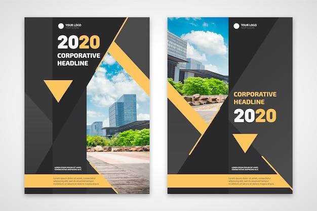 Panfleto comercial com edifícios e plantas