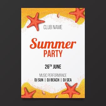 Panfleto de cartaz de festa de praia de verão com areia e estrela do mar