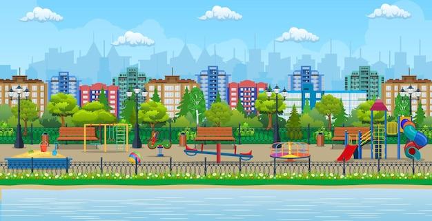 Panorama do jardim de infância de parque infantil. diversão infantil urbana