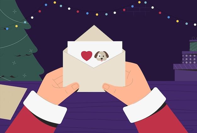 Papai noel em traje tradicional segurando e lendo a carta de natal, ao lado das caixas com presentes e árvore.