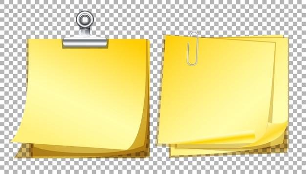 Papéis de nota amarela em fundo transparente