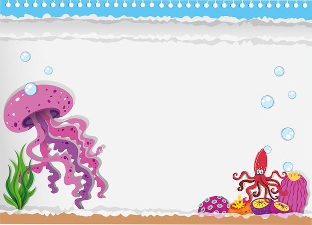 Papel com água-viva debaixo d'água
