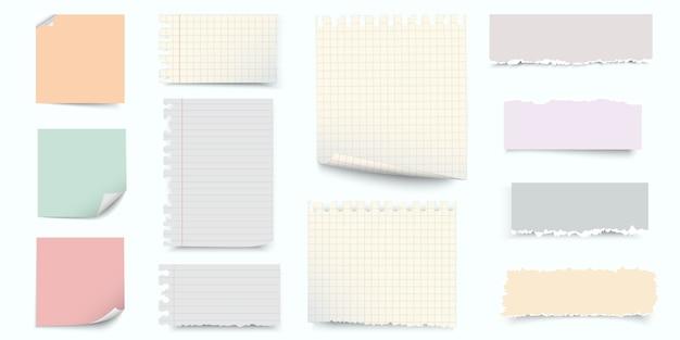 Papel de notas coloridas e pedaços de conjunto de papel rasgado