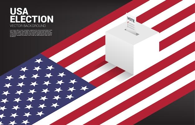 Papel de votação colocado na caixa de eleição com fundo de mapa dos eua. conceito para o fundo do tema do voto eleitoral.