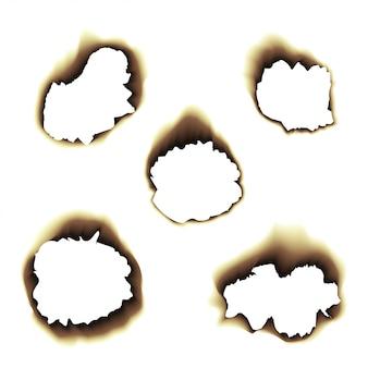 Papel queimado e queimado com buracos