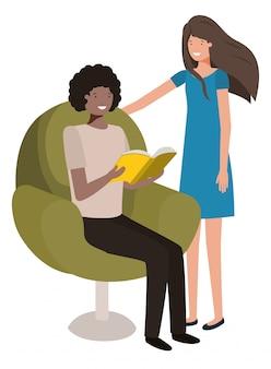 Par, sentando, em, sofá, com, livro, avatar, personagem