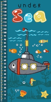Parede de medição de altura com submarino sorridente com animais marinhos