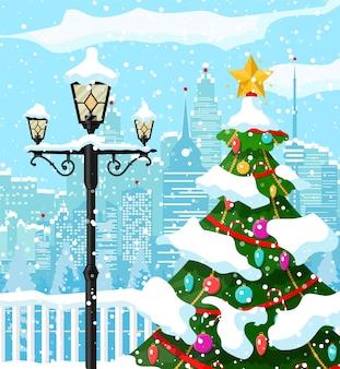 Parque da cidade com neve e edifícios