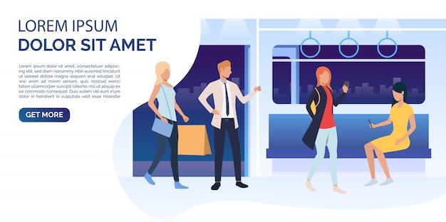 Passageiros usando smartphones, segurando sacolas no vagão de trem