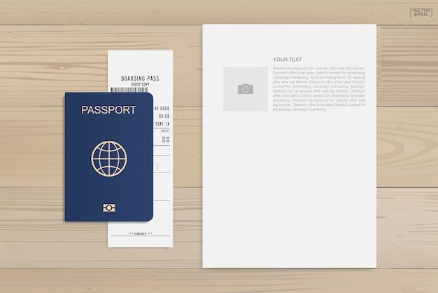 Passaporte e bilhete de embarque em fundo de madeira. ilustração vetorial.