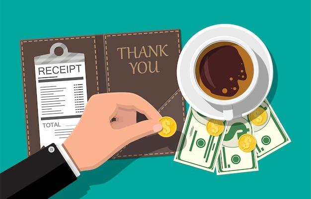 Pasta com moedas e cheque administrativo.