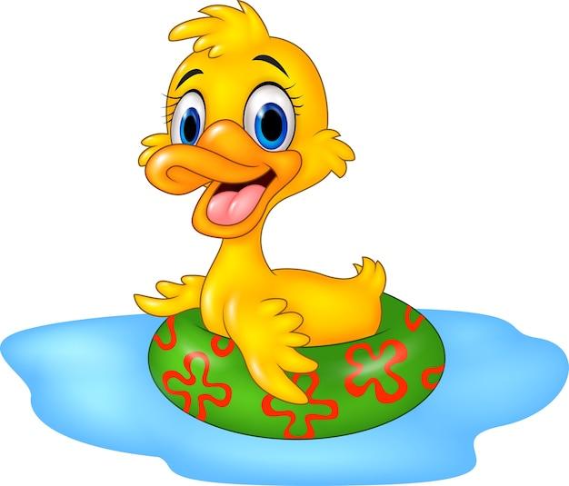 Pato engraçado dos desenhos animados flutuante com anel inflável