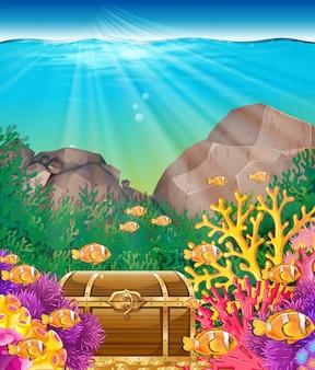 Peixe e peito sob o oceano