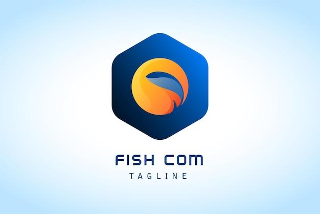 Peixe negativo com logotipo gradiente de círculo laranja